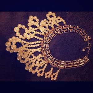 Jewelry - Antique Pearl Costume Style necklace/choker